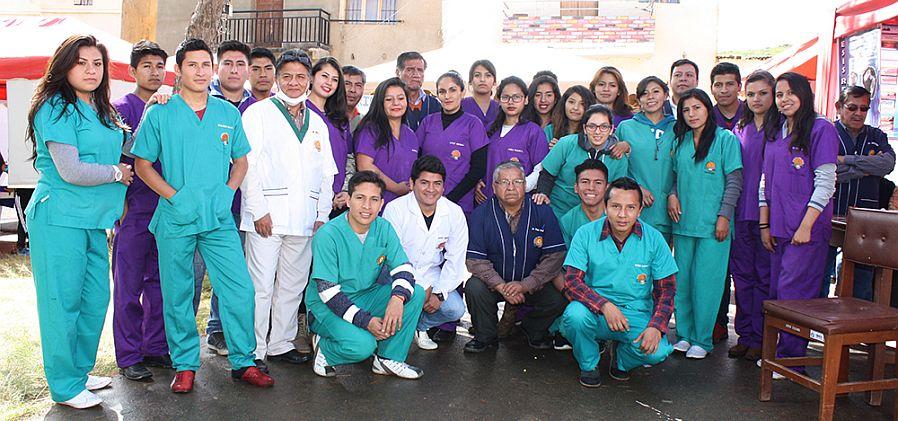 UNITEPC entrega prótesis dentales a adultos mayores de Cuchumuela