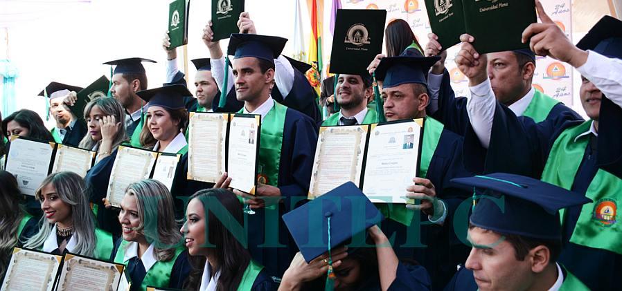64 nuevos médicos son graduados en la UNITEPC